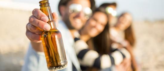 Professionnels : attention aux objets incitant les mineurs à la consommation d'alcool!